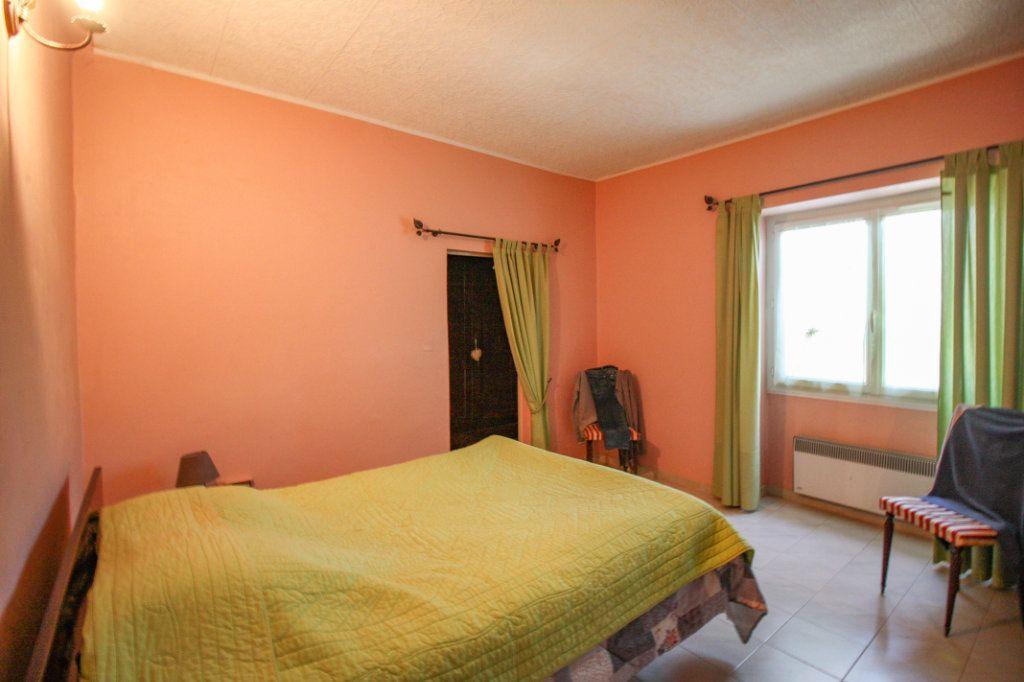 Maison à vendre 16 445m2 à Sanilhac-Sagriès vignette-7
