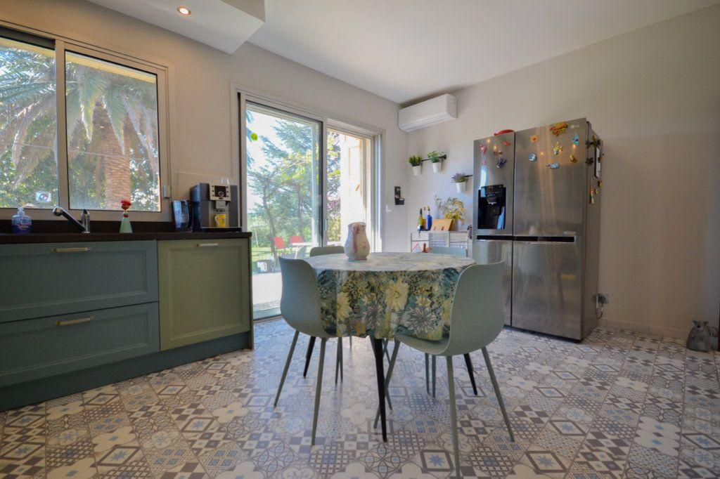 Maison à vendre 8 214.27m2 à Fournès vignette-4