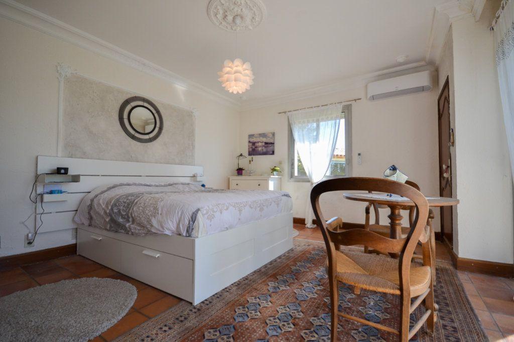 Maison à vendre 8 214.27m2 à Fournès vignette-6