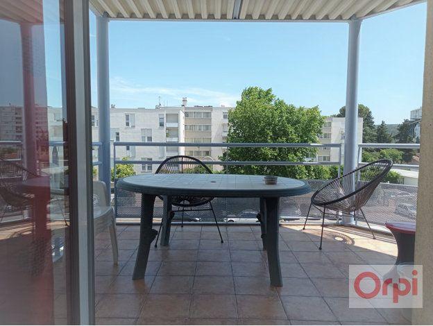 Appartement à vendre 5 78.84m2 à Bagnols-sur-Cèze vignette-1