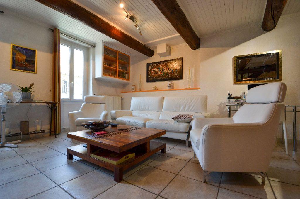 Maison à vendre 5 147m2 à Roquemaure vignette-12