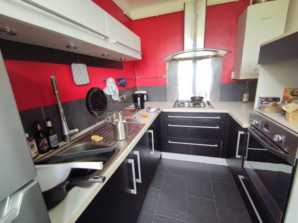 Appartement à vendre 4 66m2 à Brest vignette-2