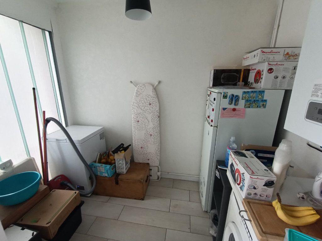Appartement à vendre 4 89.69m2 à Brest vignette-9
