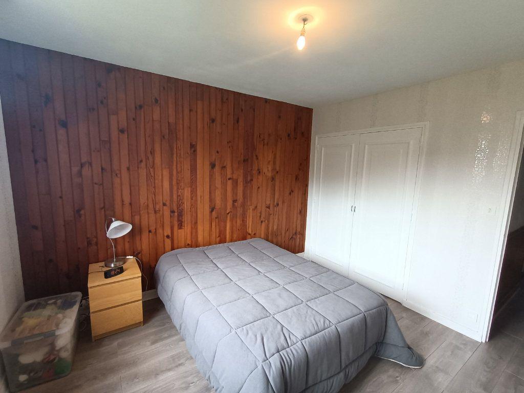 Appartement à vendre 4 89.69m2 à Brest vignette-11