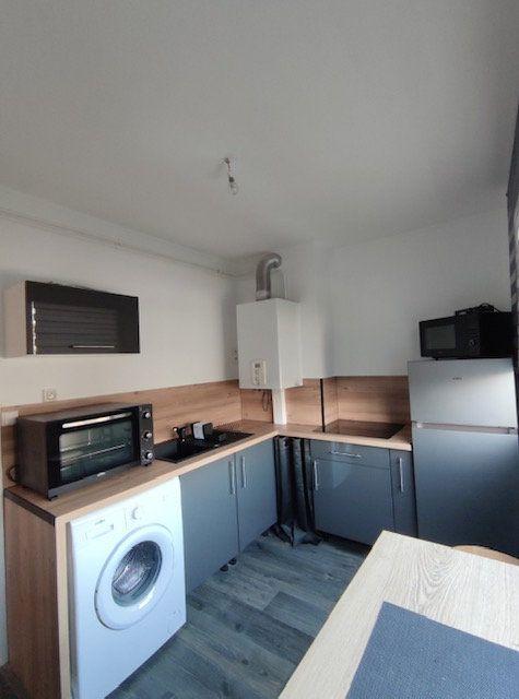 Appartement à louer 1 30m2 à Brest vignette-1