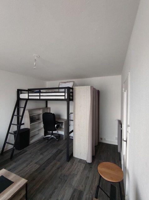 Appartement à louer 1 30m2 à Brest vignette-2