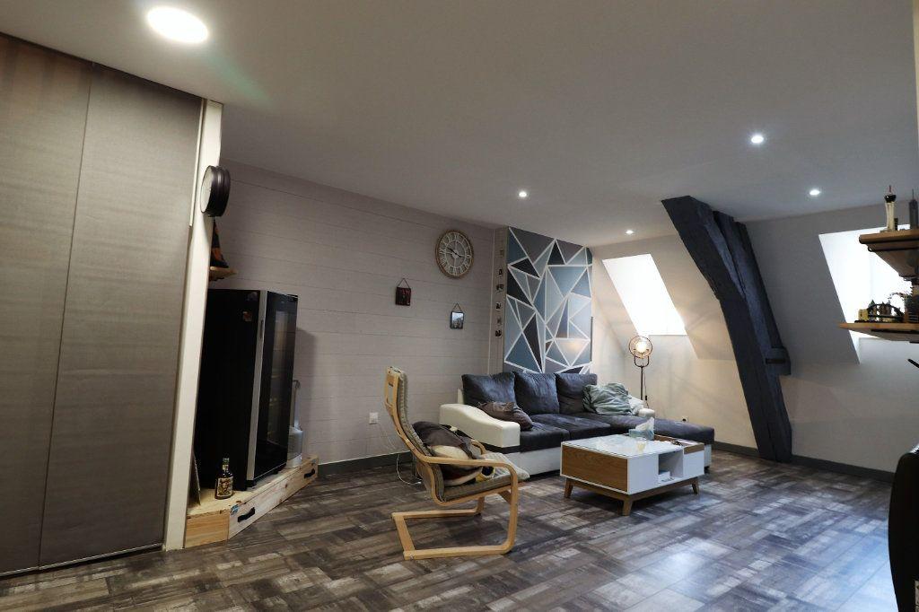 Appartement à louer 5 149.96m2 à Auxonne vignette-3