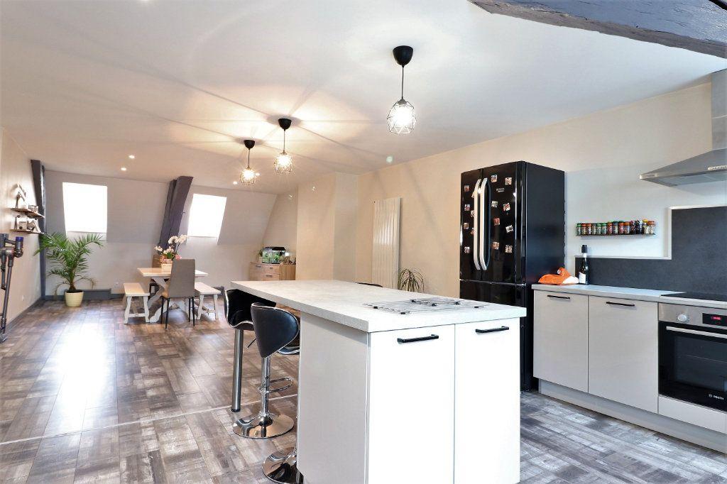 Appartement à louer 5 149.96m2 à Auxonne vignette-4