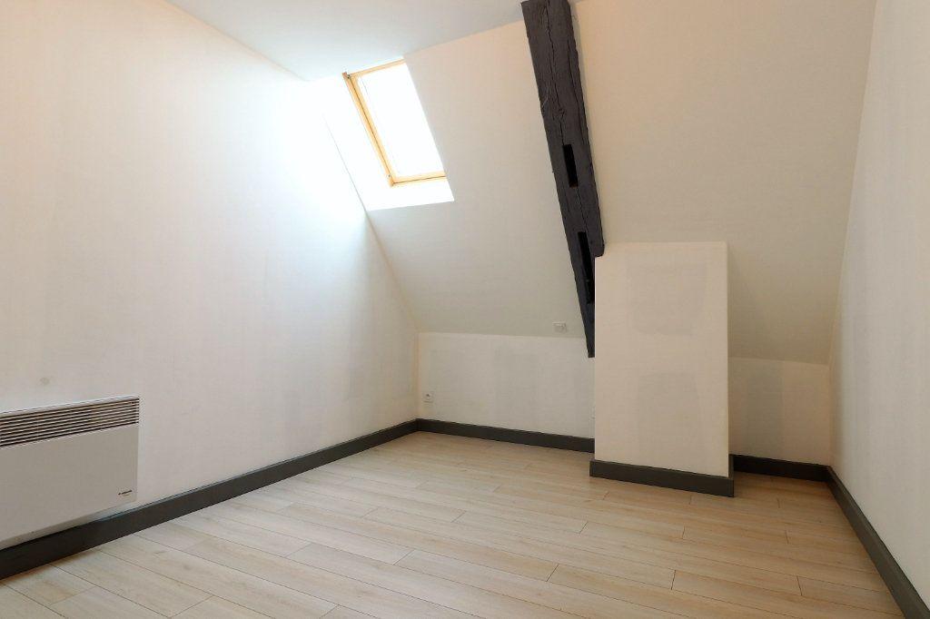 Appartement à louer 5 149.96m2 à Auxonne vignette-15