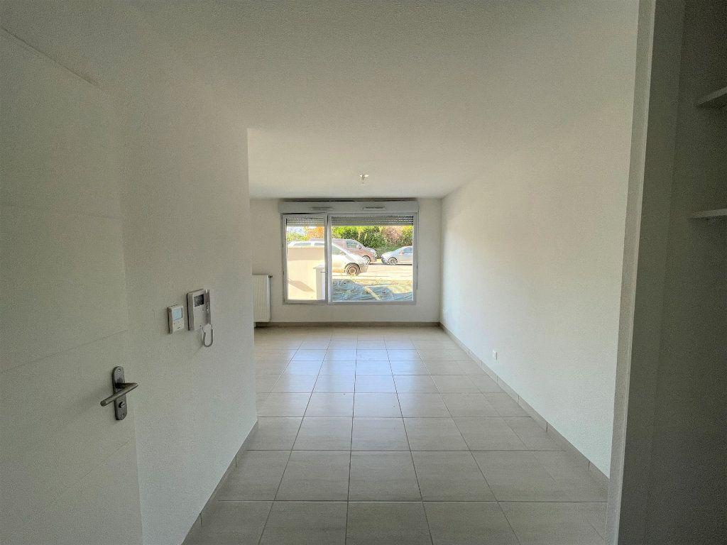Appartement à louer 1 30.2m2 à Chenôve vignette-5