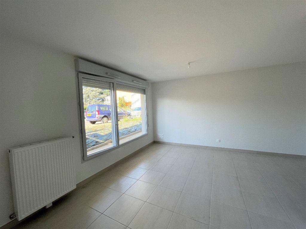 Appartement à louer 1 30.2m2 à Chenôve vignette-8