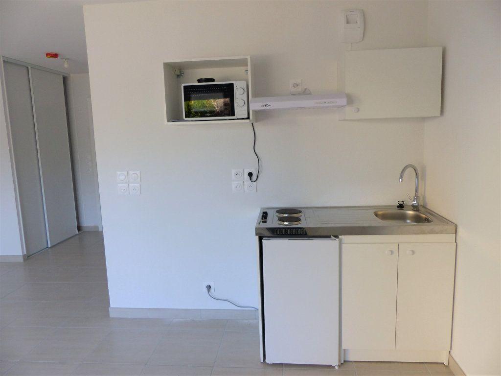Appartement à louer 1 30.2m2 à Chenôve vignette-10