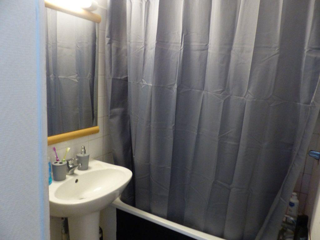 Appartement à louer 2 50.55m2 à Chenôve vignette-5