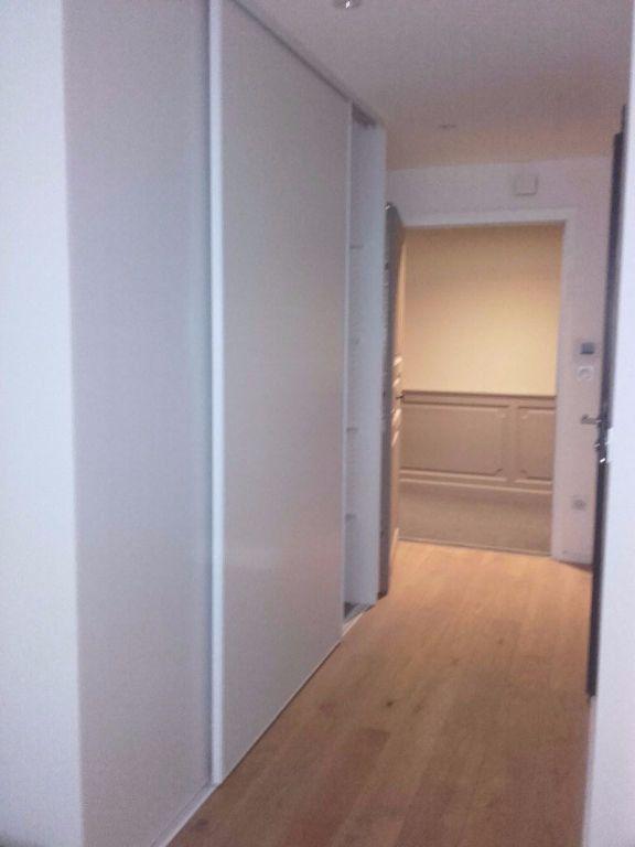 Appartement à louer 2 40.31m2 à Valenciennes vignette-2