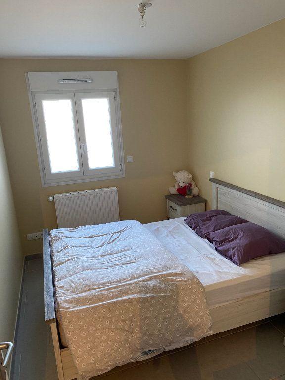 Appartement à louer 3 79.65m2 à Raismes vignette-6