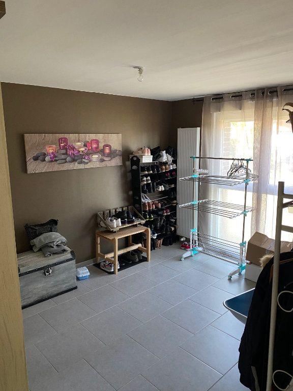Appartement à louer 3 79.65m2 à Raismes vignette-7