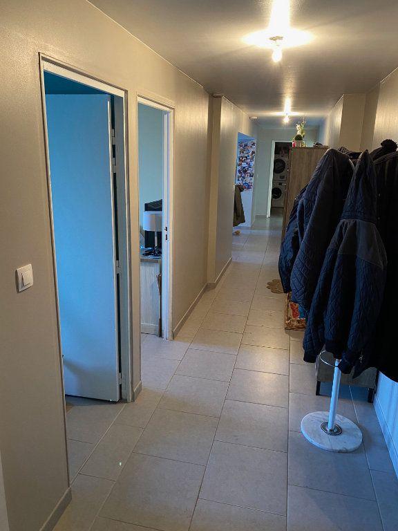 Appartement à louer 3 79.65m2 à Raismes vignette-8