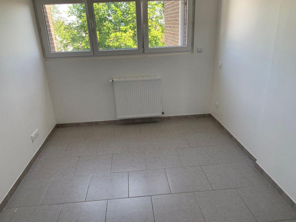 Appartement à louer 3 67.03m2 à Raismes vignette-6