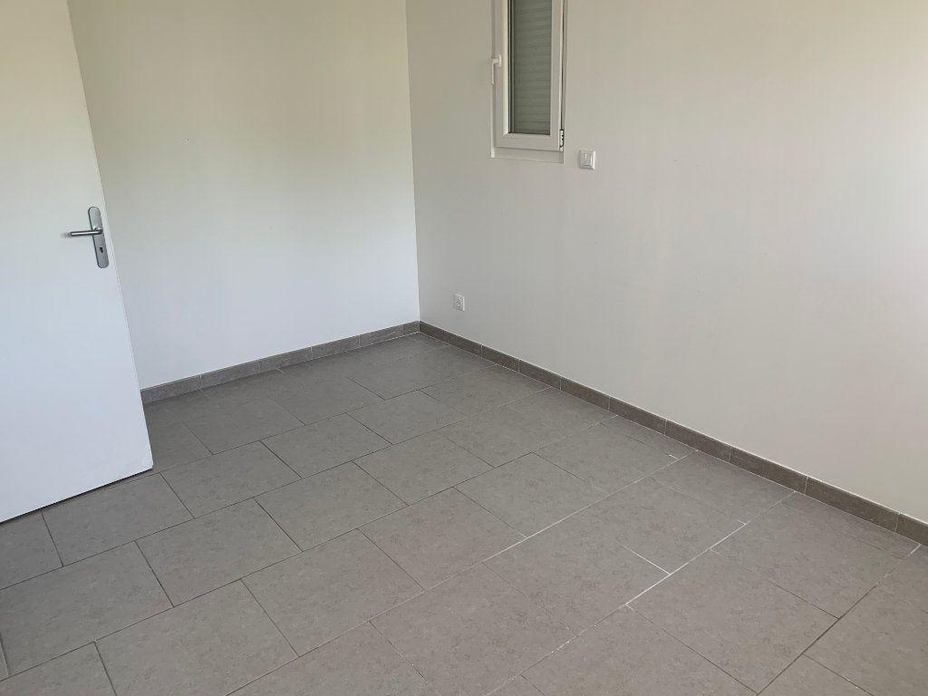 Appartement à louer 3 67.03m2 à Raismes vignette-7