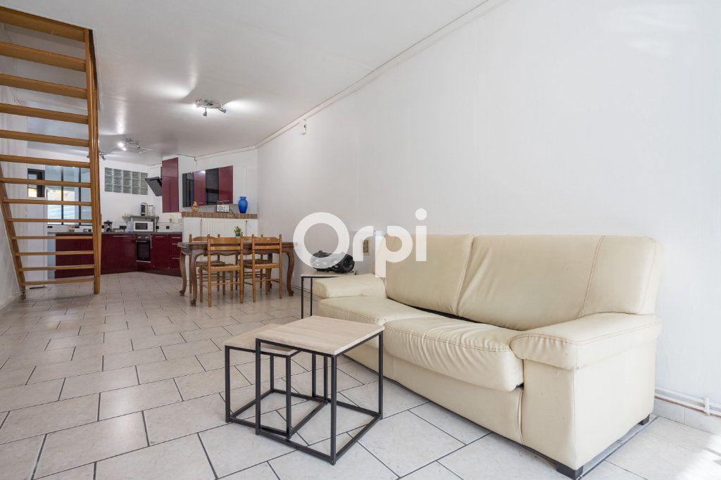 Maison à vendre 4 70m2 à Saint-Amand-les-Eaux vignette-5