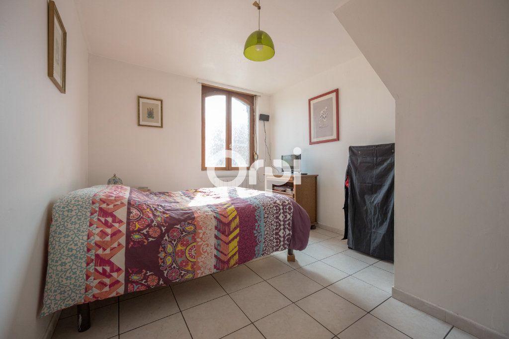 Maison à vendre 4 70m2 à Saint-Amand-les-Eaux vignette-6