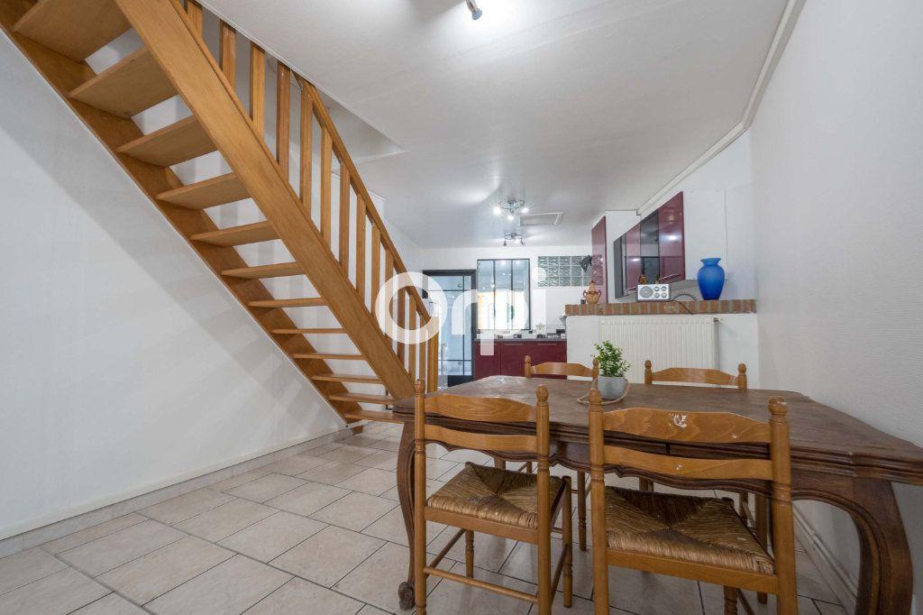 Maison à vendre 4 70m2 à Saint-Amand-les-Eaux vignette-7