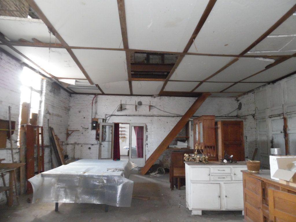 Maison à vendre 12 200m2 à Beuvrages vignette-4