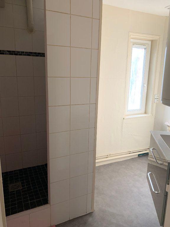 Appartement à louer 2 44.43m2 à Valenciennes vignette-13