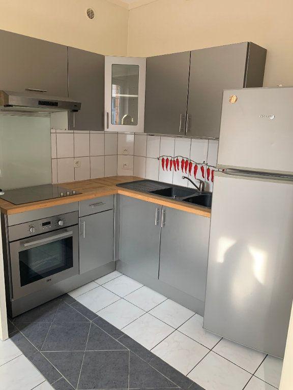 Appartement à louer 2 44.43m2 à Valenciennes vignette-15