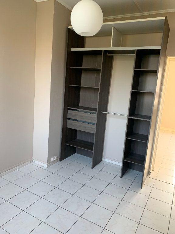 Appartement à louer 2 44.43m2 à Valenciennes vignette-16