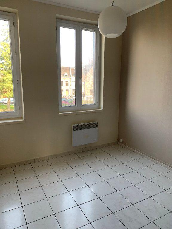 Appartement à louer 2 44.43m2 à Valenciennes vignette-17