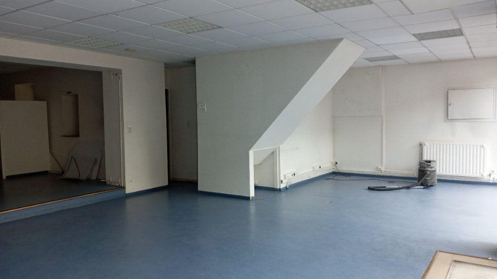 Immeuble à vendre 0 290m2 à Valenciennes vignette-1