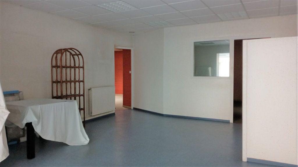 Immeuble à vendre 0 290m2 à Valenciennes vignette-2