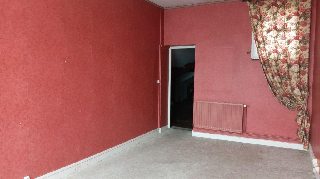Immeuble à vendre 0 290m2 à Valenciennes vignette-4
