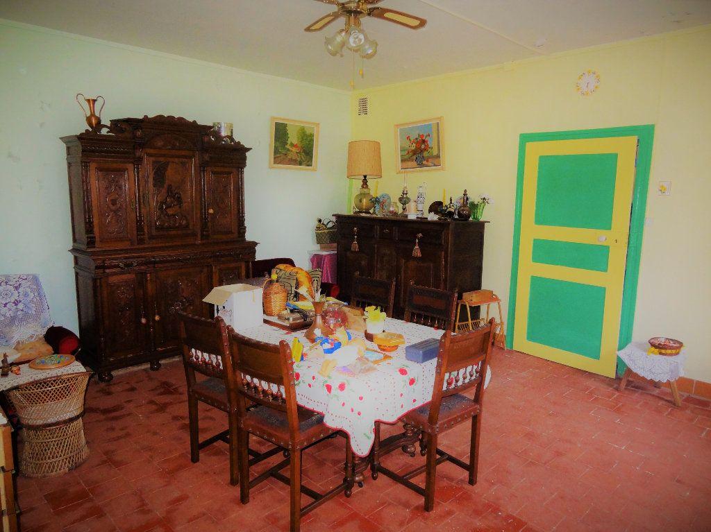Maison à vendre 6 145m2 à Gommegnies vignette-3