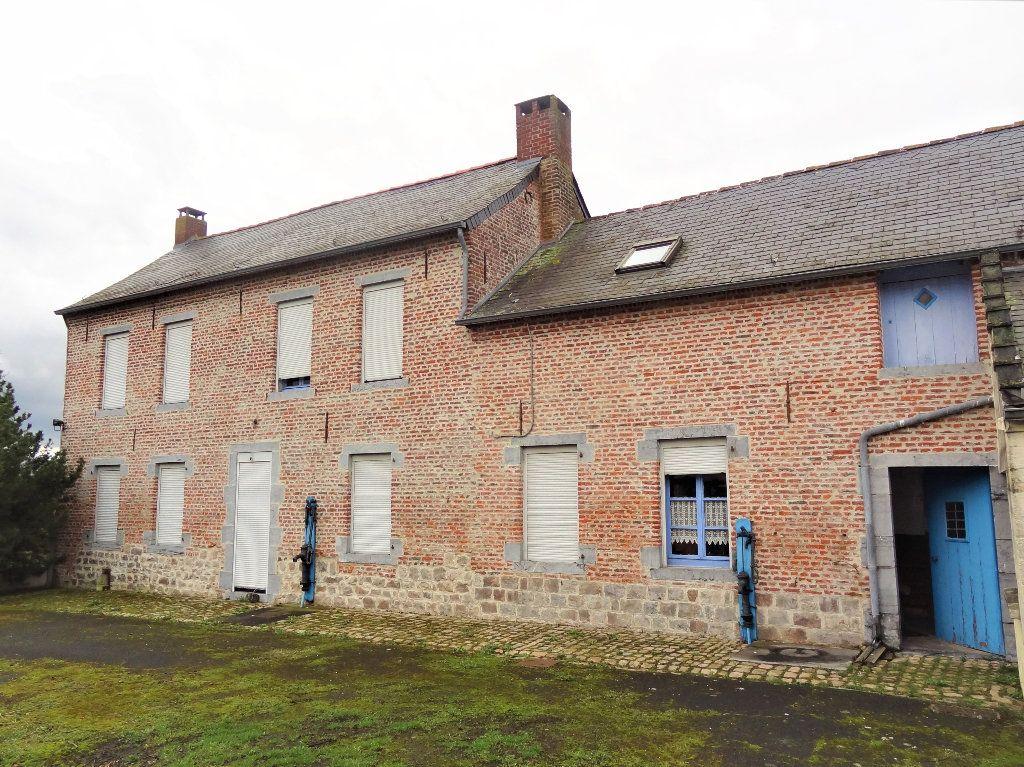 Maison à vendre 6 145m2 à Gommegnies vignette-11