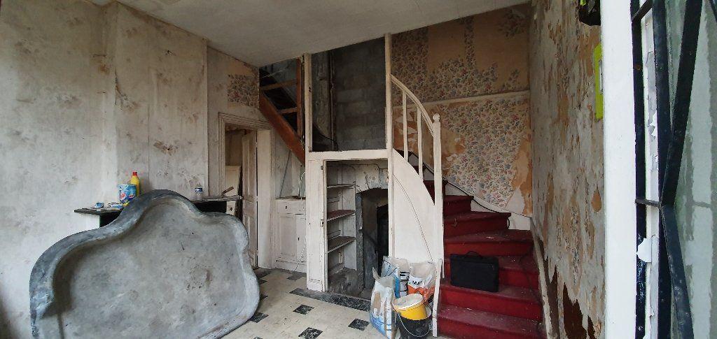 Maison à vendre 5 130m2 à Raismes vignette-7