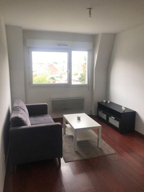 Appartement à louer 2 30.26m2 à Valenciennes vignette-1