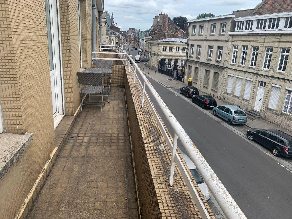 Appartement à louer 1 11.17m2 à Valenciennes vignette-5
