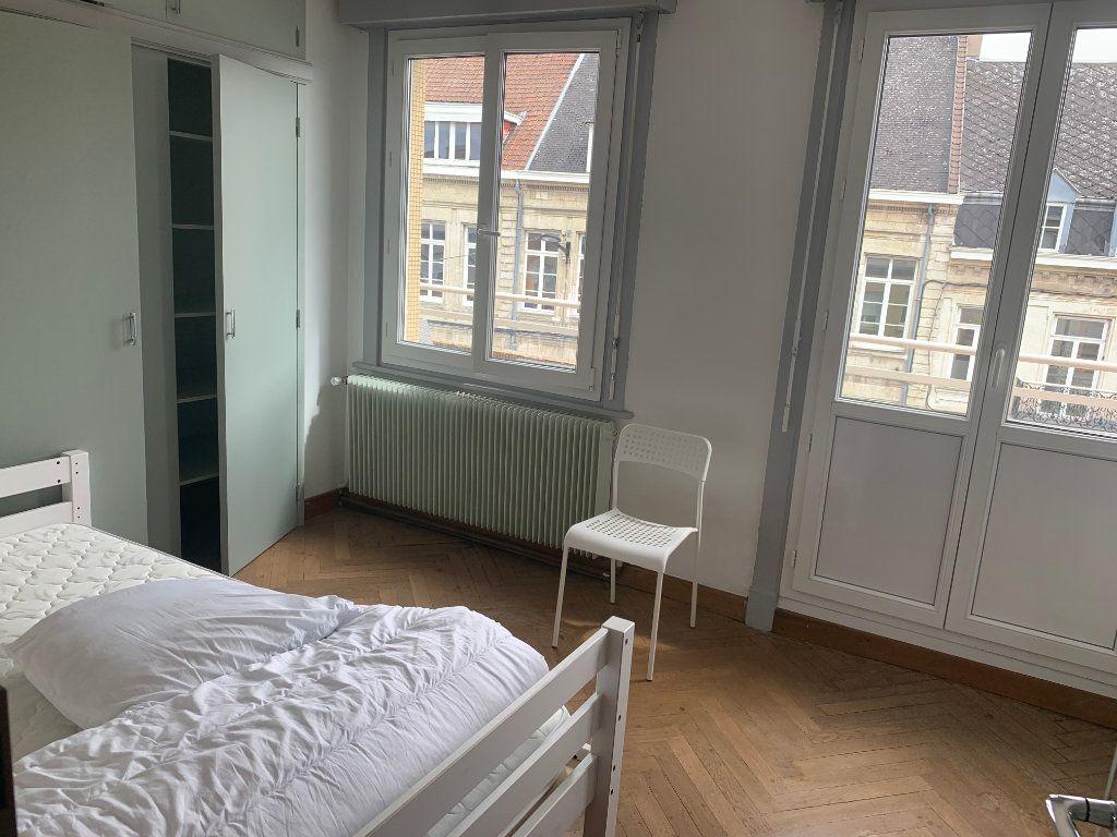Appartement à louer 1 11.17m2 à Valenciennes vignette-12