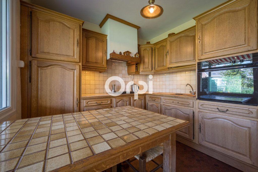 Maison à vendre 7 108m2 à Saint-Saulve vignette-4