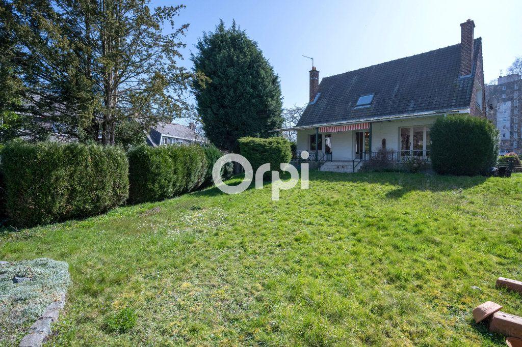 Maison à vendre 7 108m2 à Saint-Saulve vignette-8