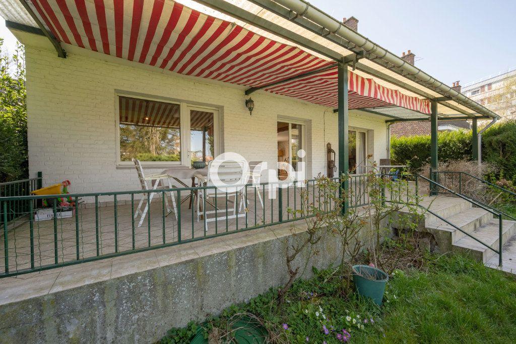 Maison à vendre 7 108m2 à Saint-Saulve vignette-9