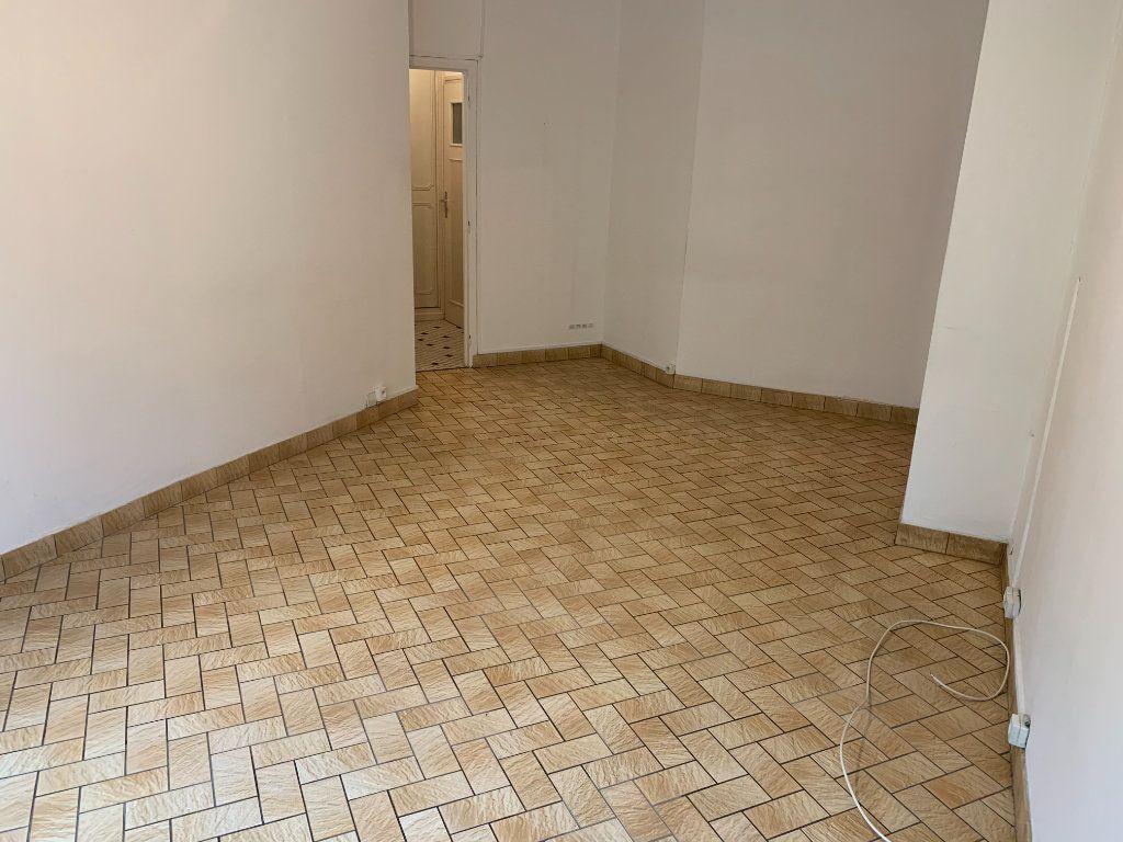 Appartement à louer 2 56.51m2 à Valenciennes vignette-6