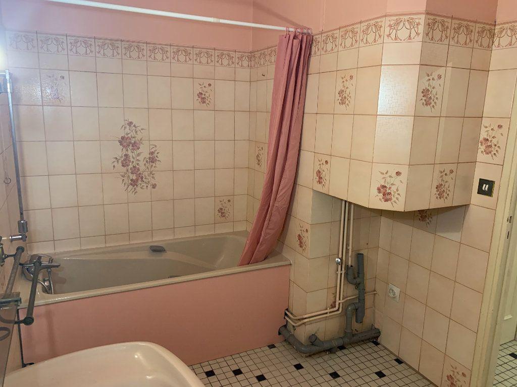 Appartement à louer 2 56.51m2 à Valenciennes vignette-9