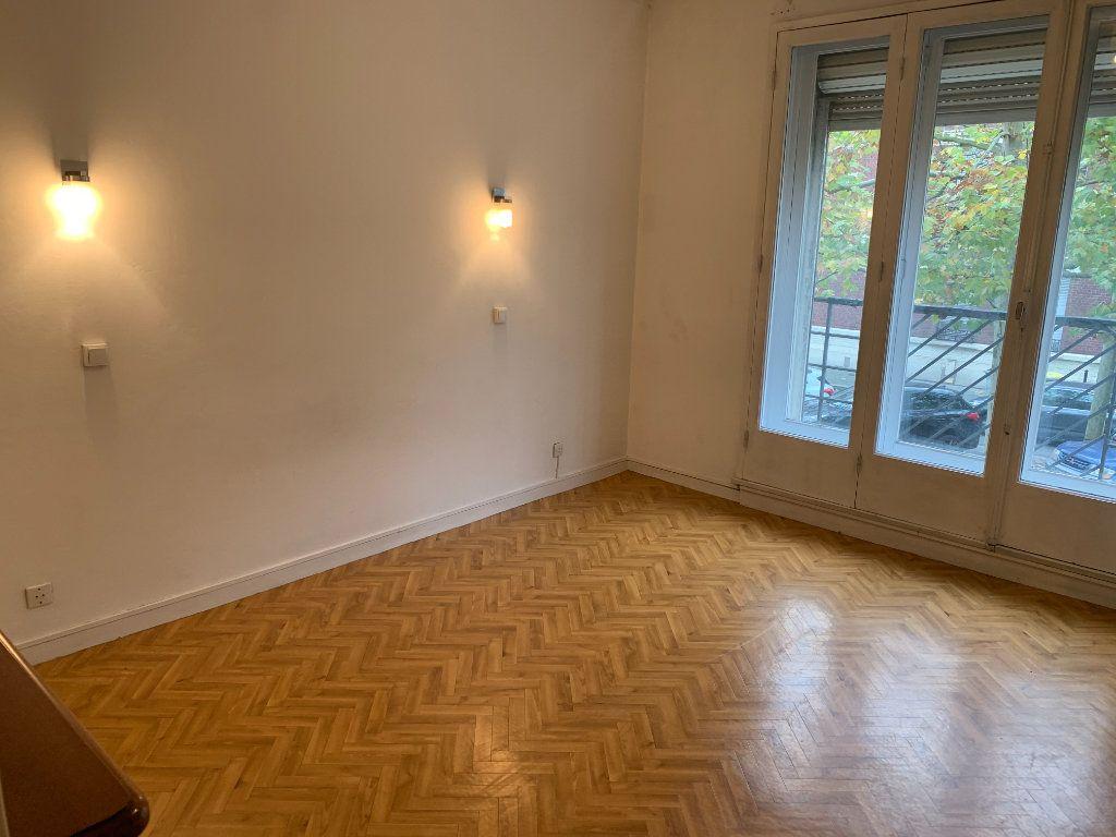 Appartement à louer 2 56.51m2 à Valenciennes vignette-15
