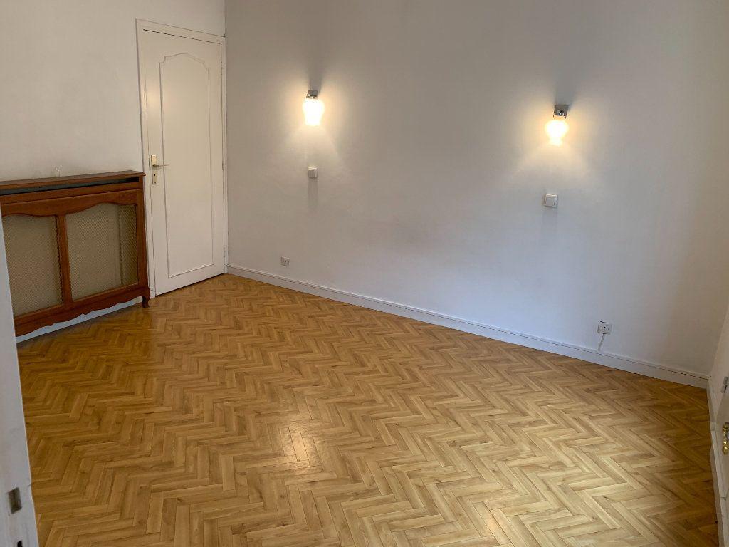 Appartement à louer 2 56.51m2 à Valenciennes vignette-16