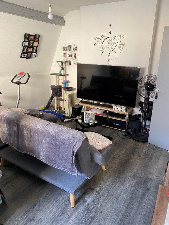 Appartement à louer 2 41.5m2 à Valenciennes vignette-3
