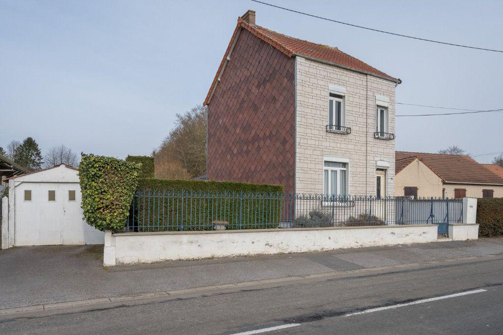 Maison à vendre 5 107m2 à Maubeuge vignette-1