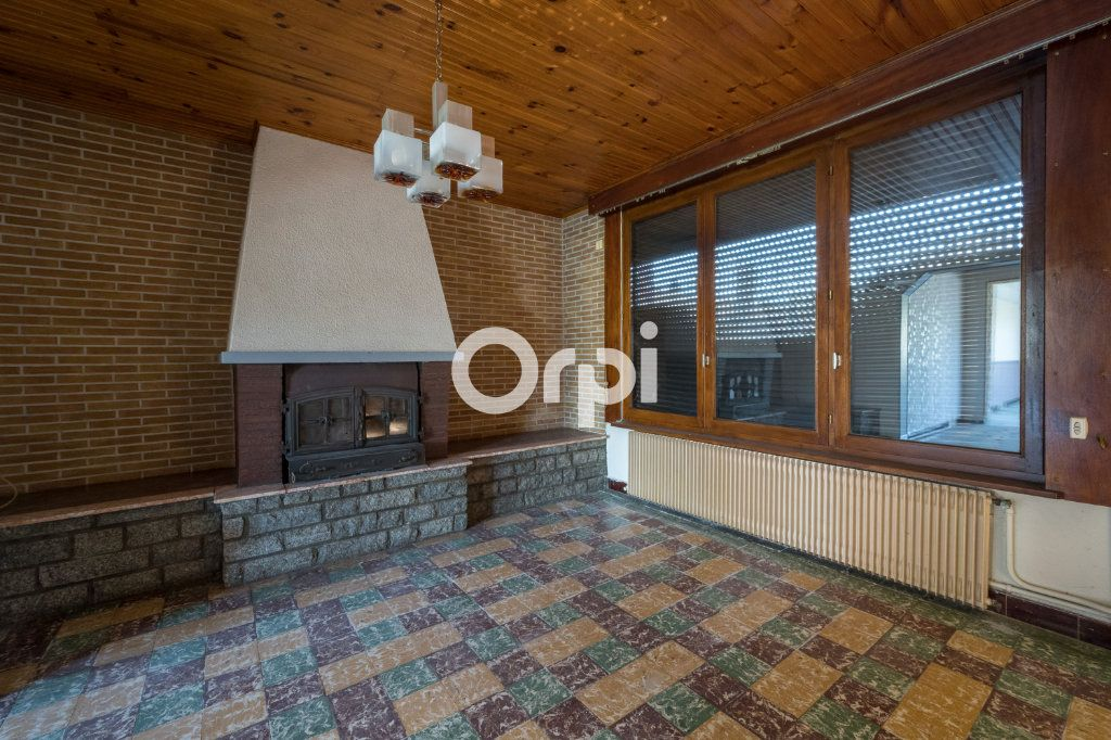 Maison à vendre 9 87m2 à Petite-Forêt vignette-4